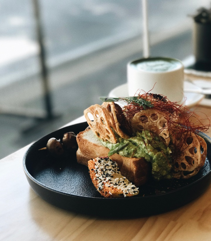 hibiki camberwell melbourne japanese brunch lotus root chips smashed avocado